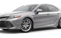 lease a Toyota Camry Hybrid