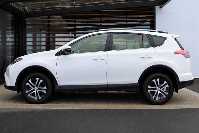 2018 Toyota RAV4 lease